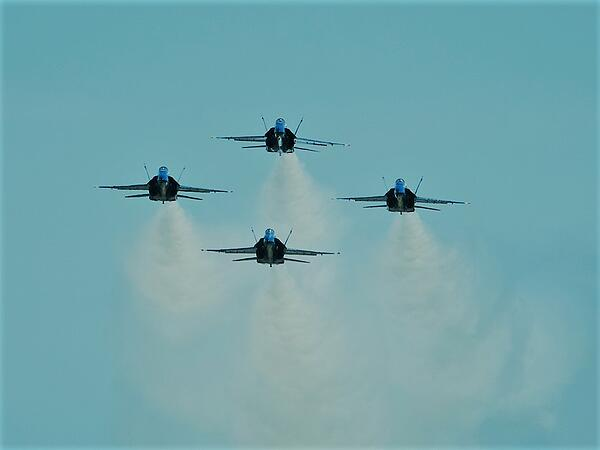 Blue Angels demonstrate speed and precision flight, courtesy of DVIDS
